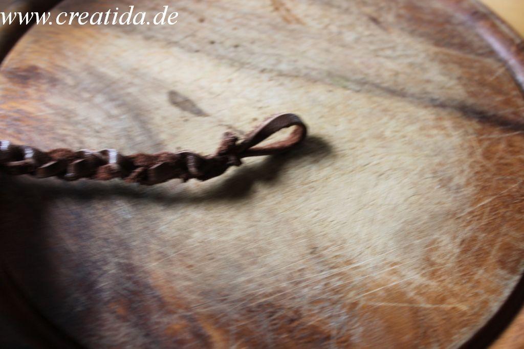 Lederschmuck 16